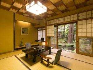 Pasar una noche en un ryokan