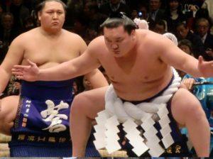 Asistir a un evento de Sumo